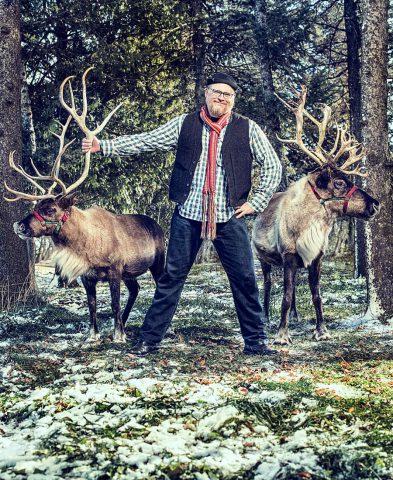 img_2017-01_jeff-johnson_reindeer_03_g